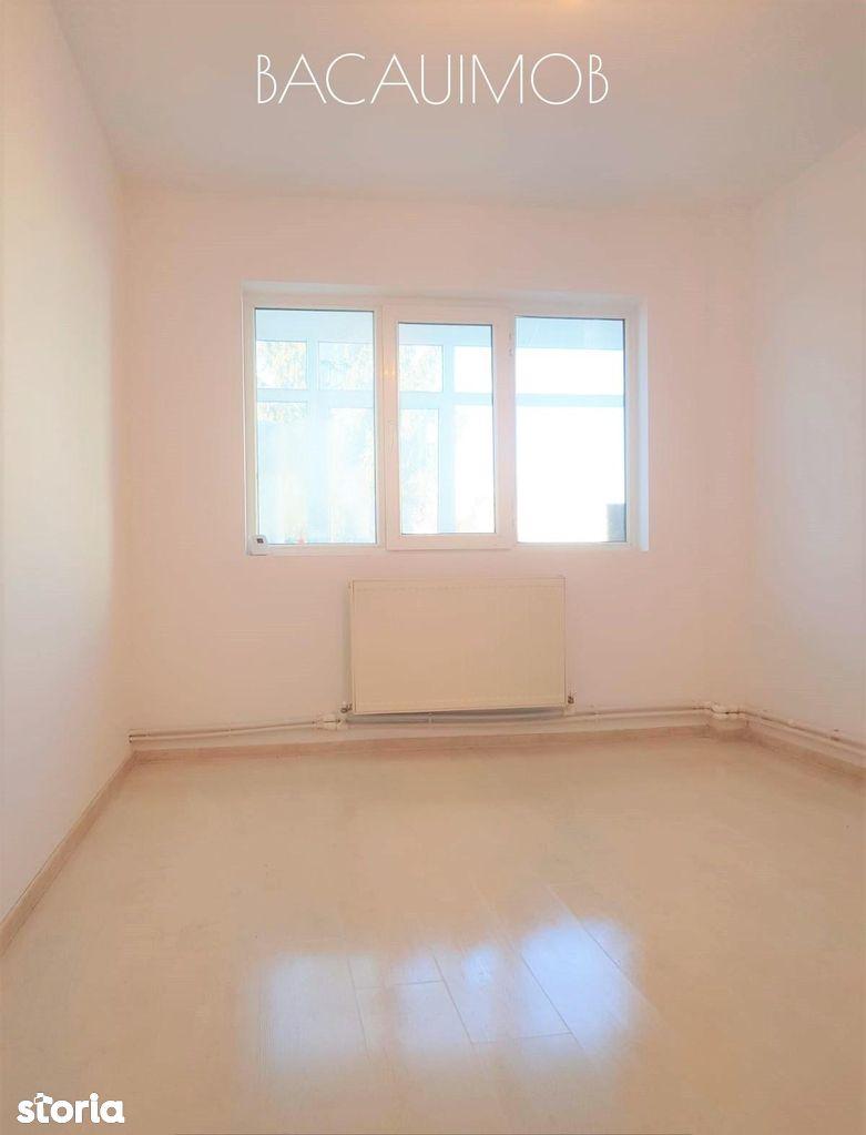Apartament de vanzare, Bacău (judet), Strada Cornișa Bistriței - Foto 5
