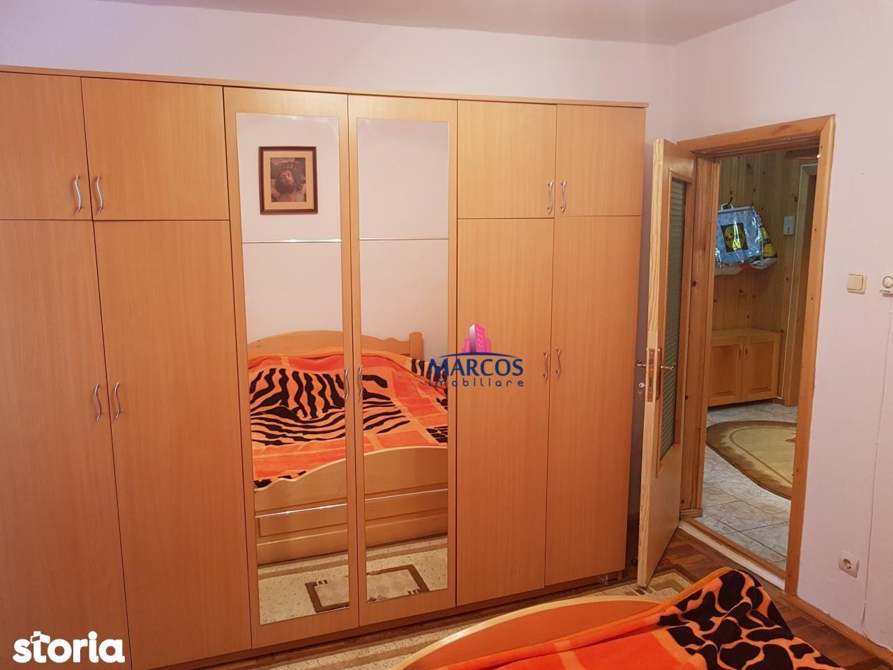 Apartament de vanzare, Caraș-Severin (judet), Reșița Română - Foto 8