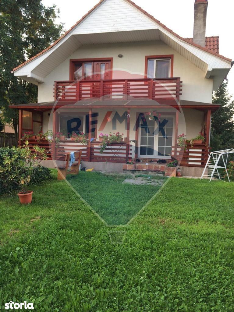 Casa de vanzare, Bacău (judet), Strada Ion Simionescu - Foto 1