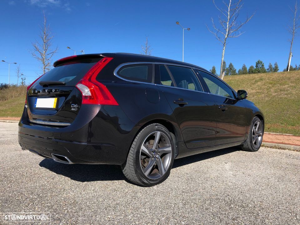 Volvo V60 PLUG-IN HYBRID – FULL EXTRAS + IVA DEDUTÍVEL - 3