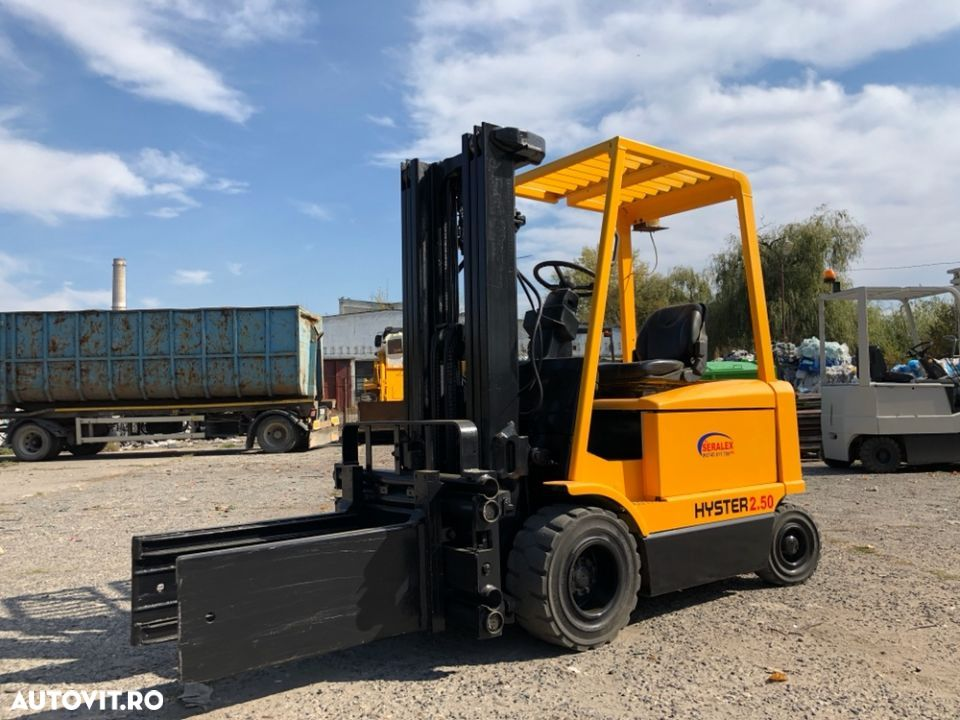 Hyster J2.50XM - 1