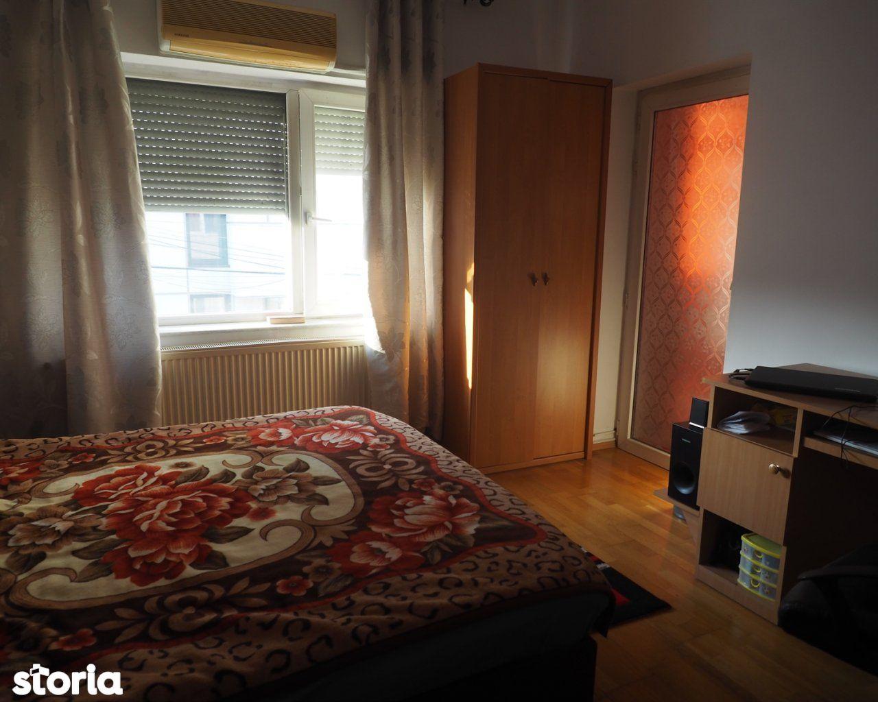 Casa de vanzare, București (judet), Intrarea Aniversării - Foto 8