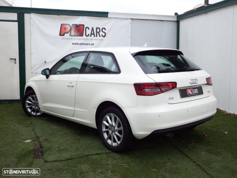 Audi A3 1.6 TDi Attraction - 6
