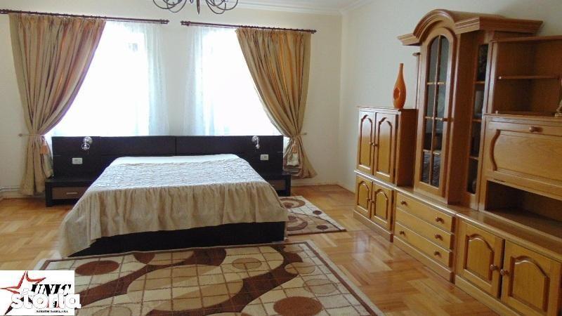 Casa de vanzare, Brașov (judet), Strada Florilor - Foto 1