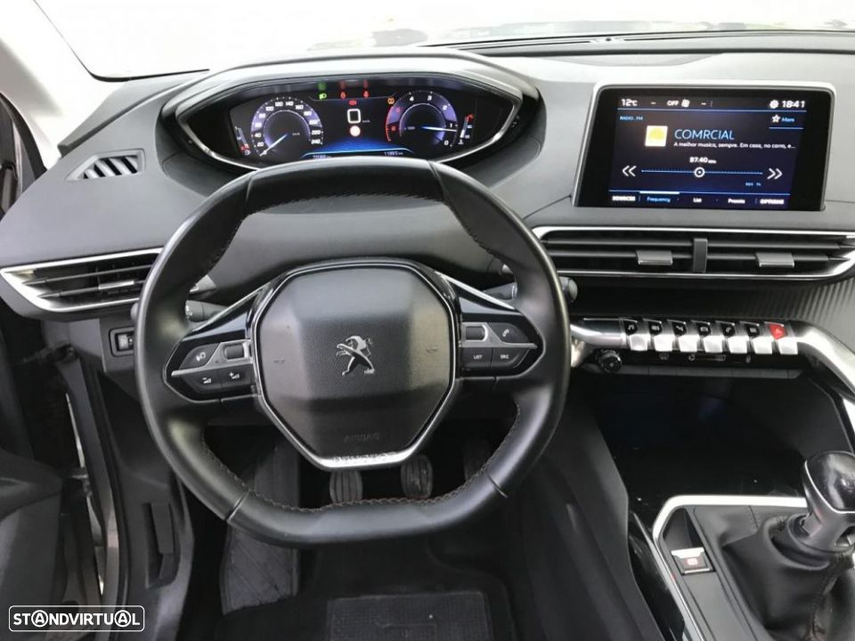 Peugeot 3008 1.6 hdi active - 16