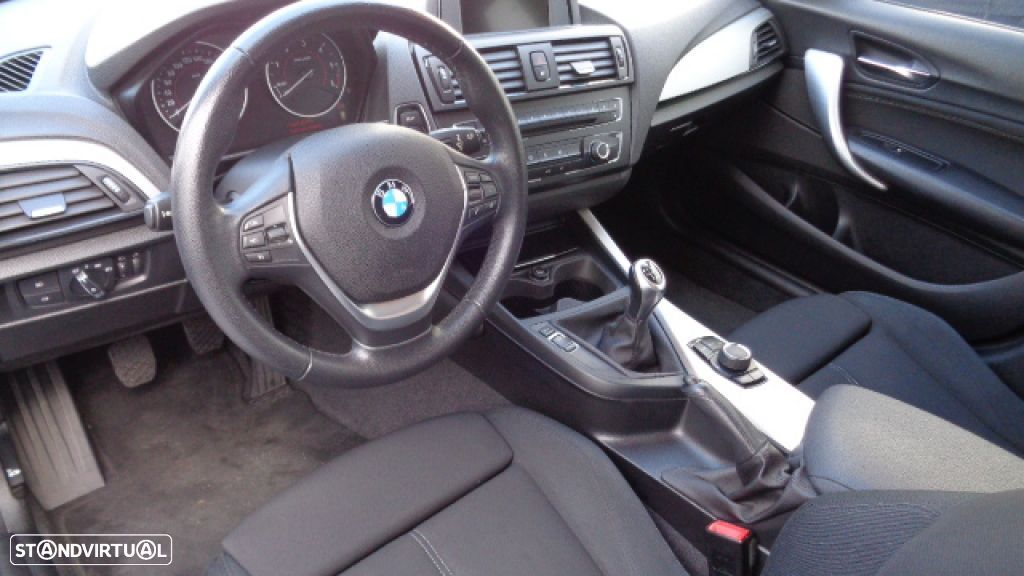 BMW 116 d EfficientDynamics Line Sport - 2