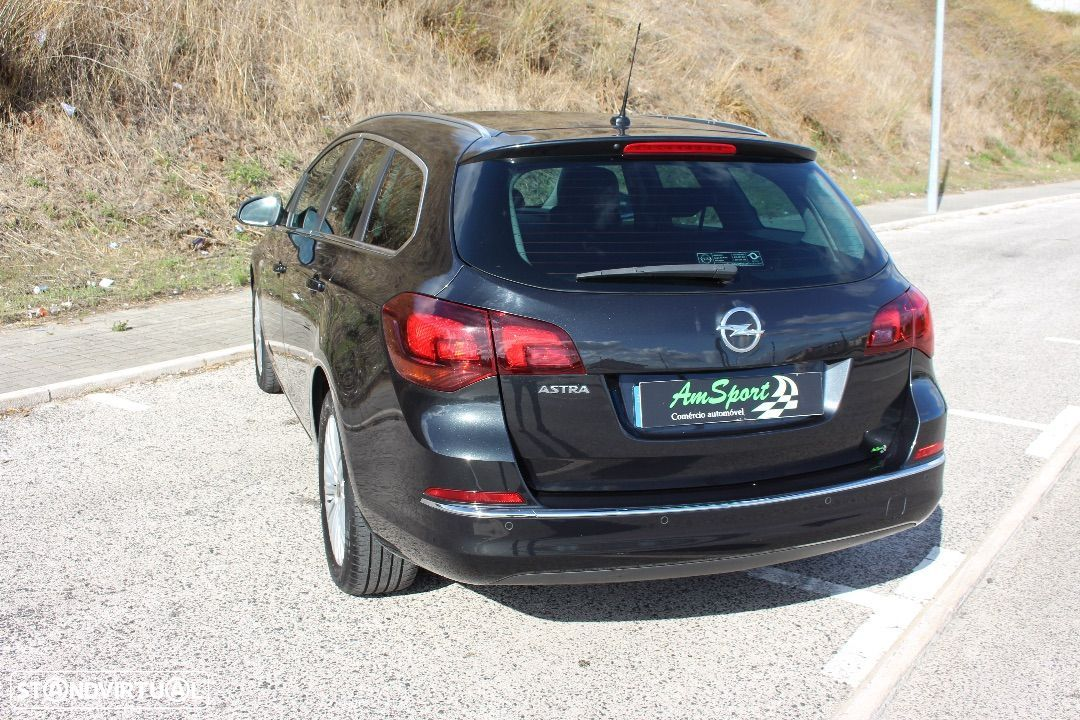 Opel Astra Sports Tourer 1.7 cdi Cosmo S  S - 26