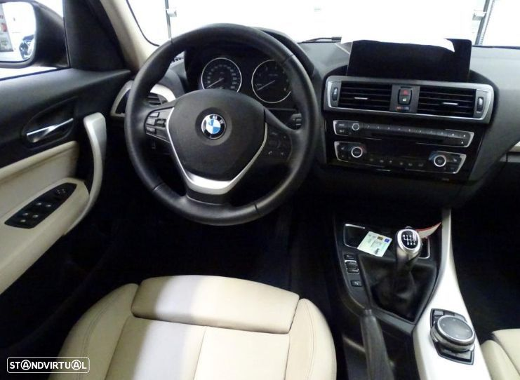 BMW 116 d High Executive - 8