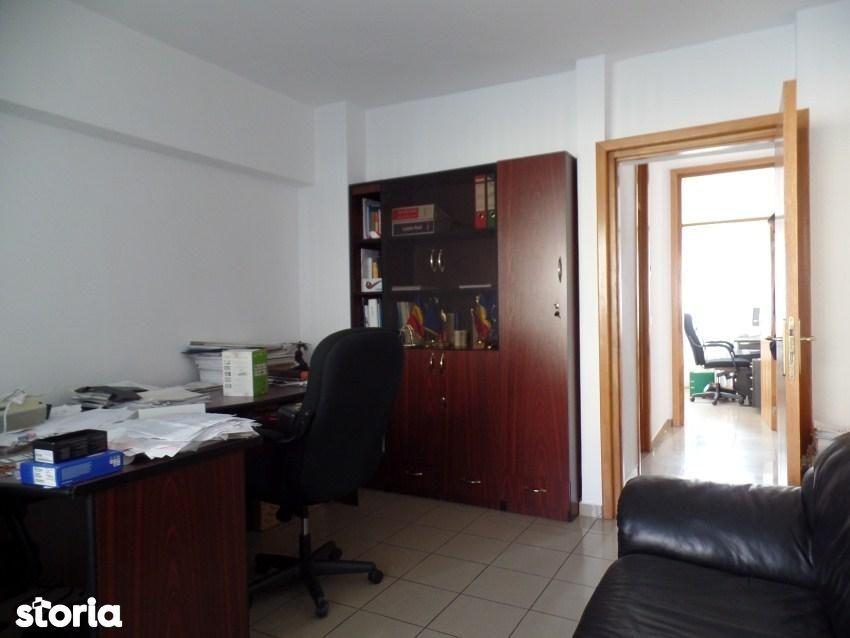 Apartament de inchiriat, București (judet), Tei - Foto 6