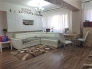 Apartament de vanzare, Argeș (judet), Bulevardul Frații Golești - Foto 2