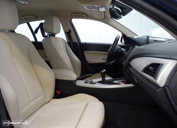 BMW 116 d High Executive - 10