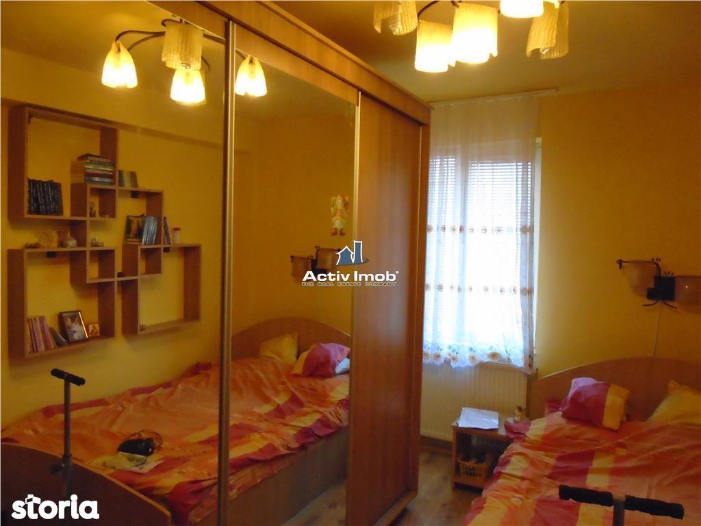 Apartament de vanzare, Caraș-Severin (judet), Văliug - Foto 4