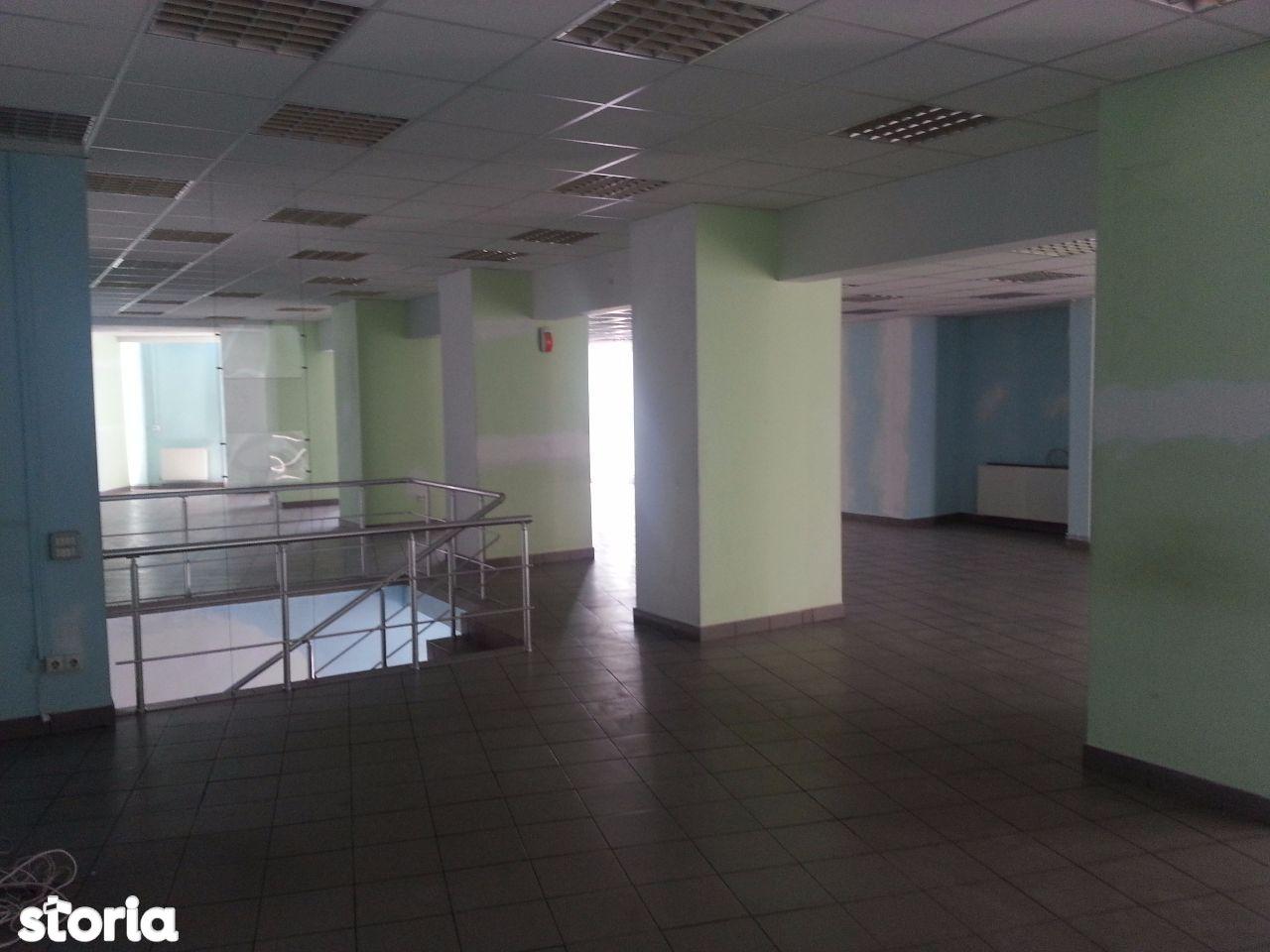 Spatiu Comercial de inchiriat, Dâmbovița (judet), Târgovişte - Foto 4