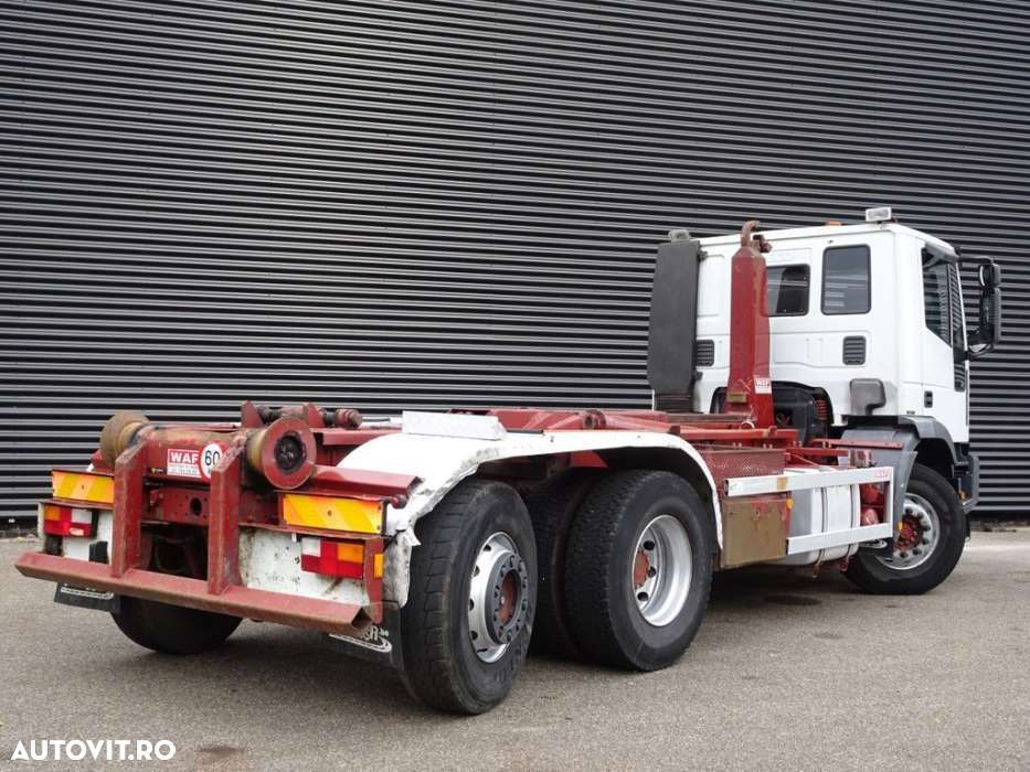 Iveco MP240E30 / HOOKLIFT / MANUAL GEARBOX / 369 DKM! - 2