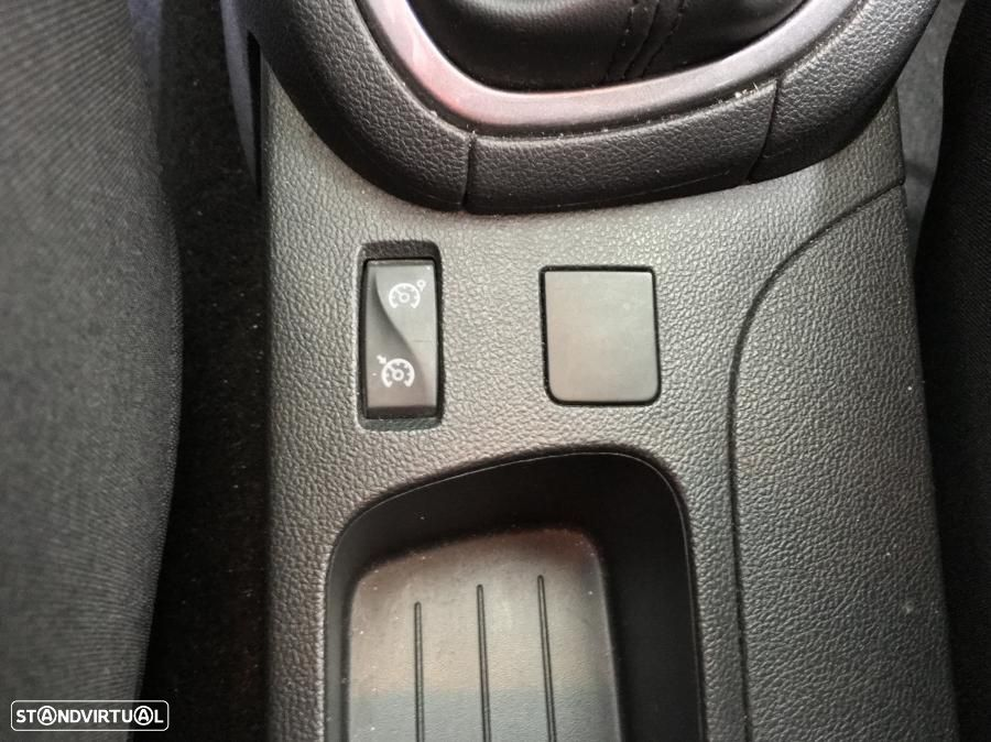 Renault Clio 0.9 TCe Limited GPS 90cv - 30