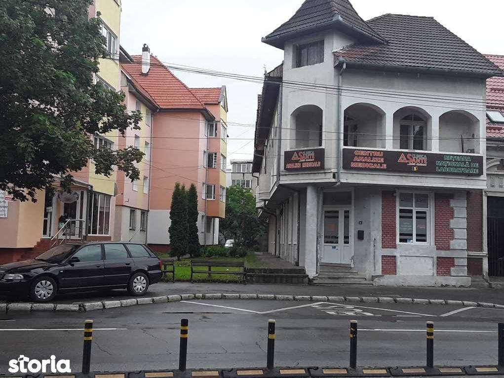 Casa de vanzare, Bistrița-Năsăud (judet), Strada Liviu Rebreanu - Foto 4