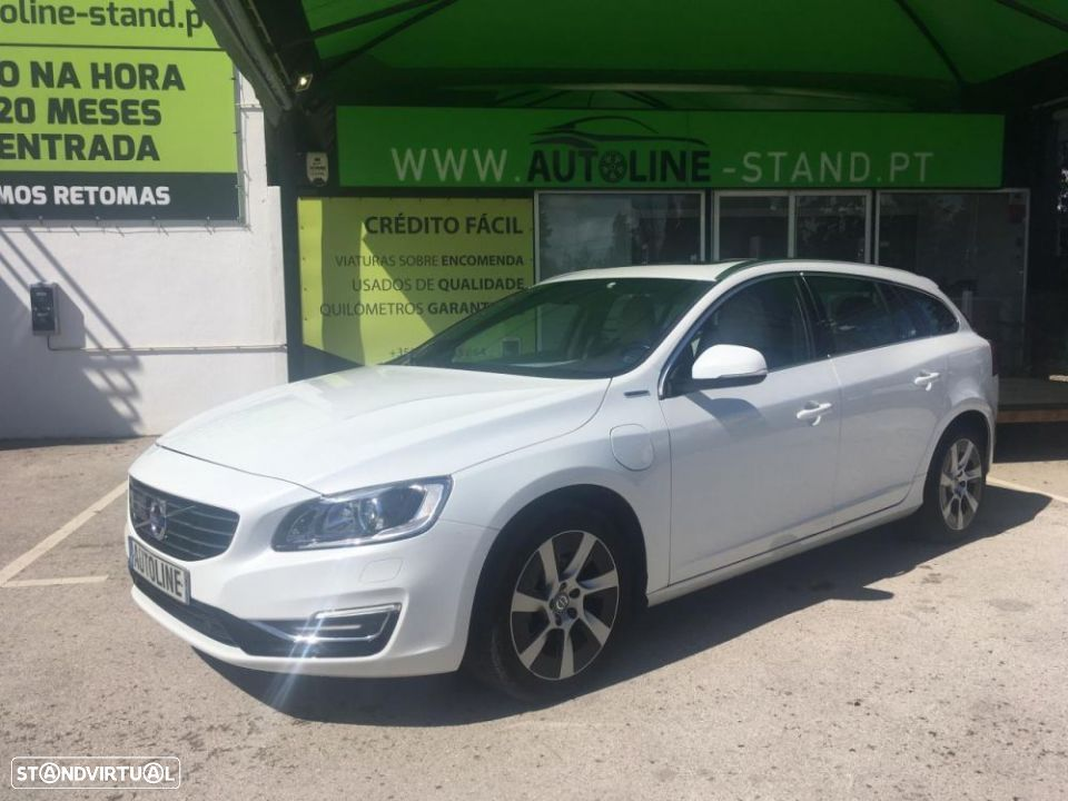 Volvo V60 V60 D6 AWD Plug-in Hybrid Xenium Geartronic - 1
