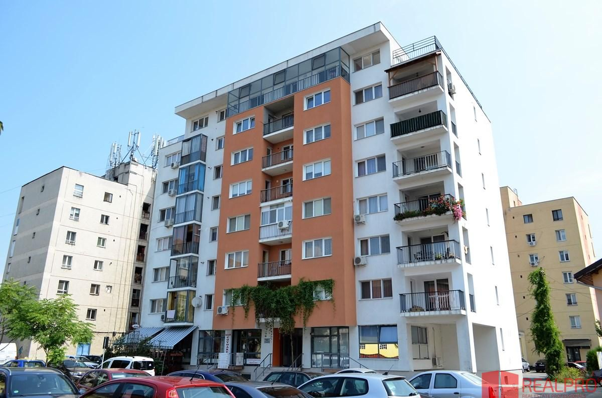 Apartament de vanzare, Vâlcea (judet), Strada Eroilor - Foto 2