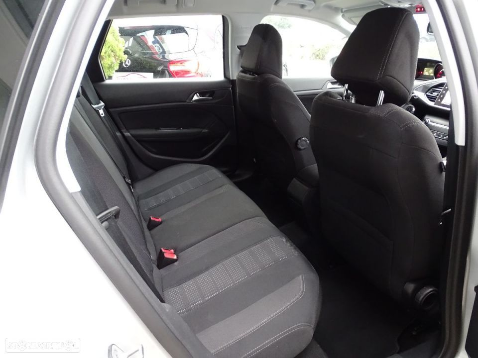 Peugeot 308 SW 1.6 Blue HDI Business Line - 37