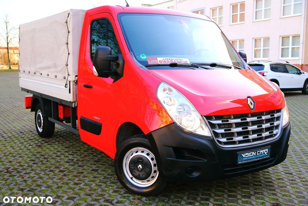 Renault master  2,3 DCI 125ps jak NOWY - 1