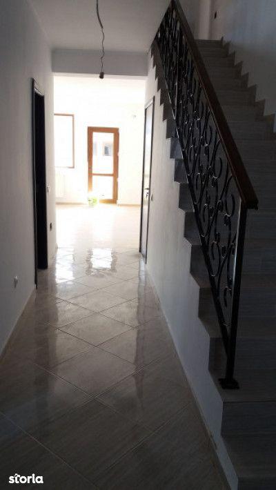 Casa de vanzare, Ilfov (judet), Strada Ciocârliei - Foto 1