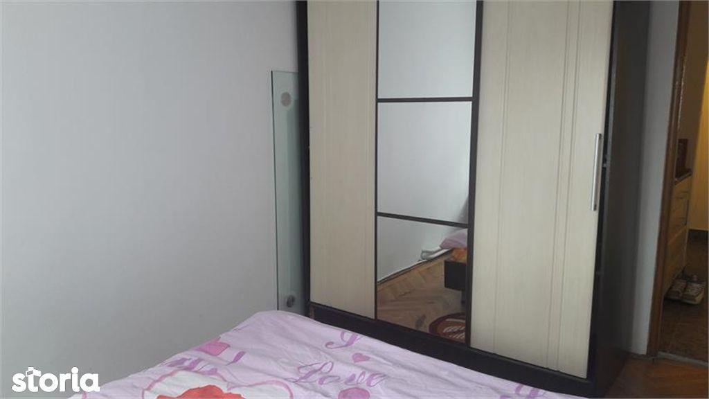 Apartament de vanzare, Argeș (judet), Strada Crinului - Foto 8