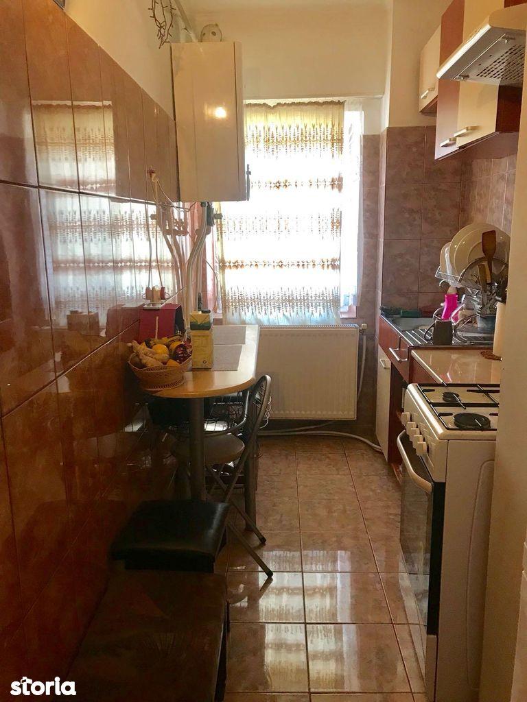 Apartament de vanzare, Mioveni, Arges - Foto 2