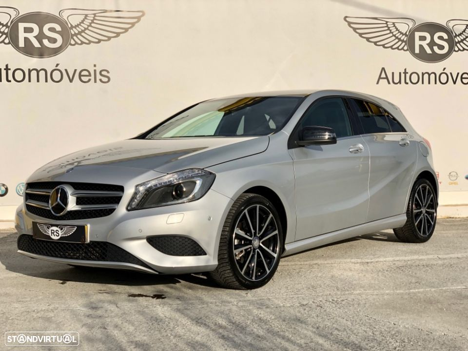 Mercedes-Benz A 200 Urban Night Pack - 1