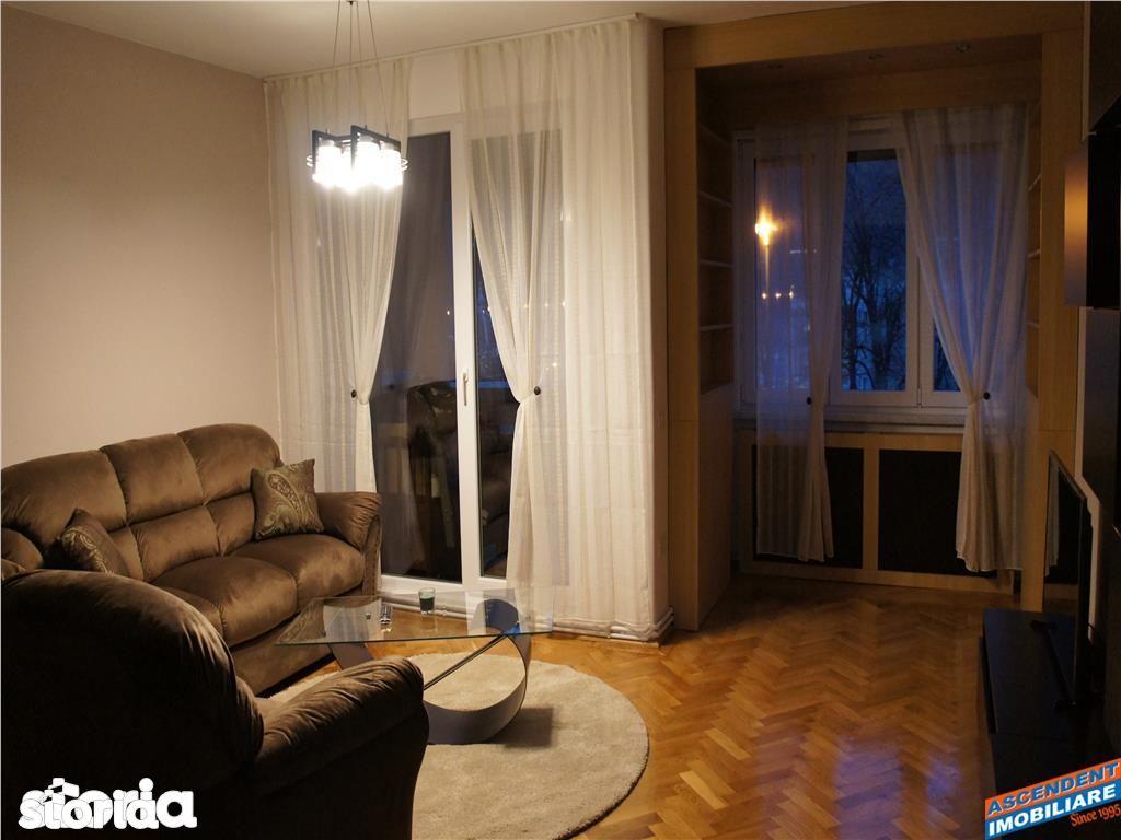 Apartament de inchiriat, Brașov (judet), Strada Mircea cel Bătrân - Foto 1