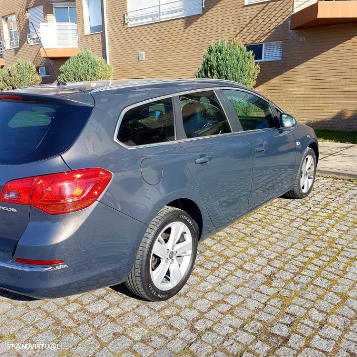 Opel Astra Sports Tourer 1.3 CDTI Executive Start Stop - 1