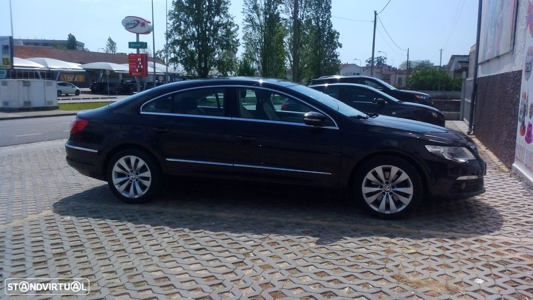 VW Passat CC 2.0 TDi BlueMotion DSG - 16