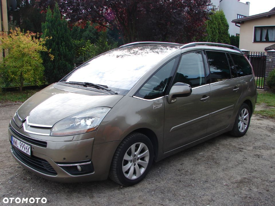 Citroën C4 Grand Picasso 2,0 hdi bezwypadkowy EXCLUSIVE - 8