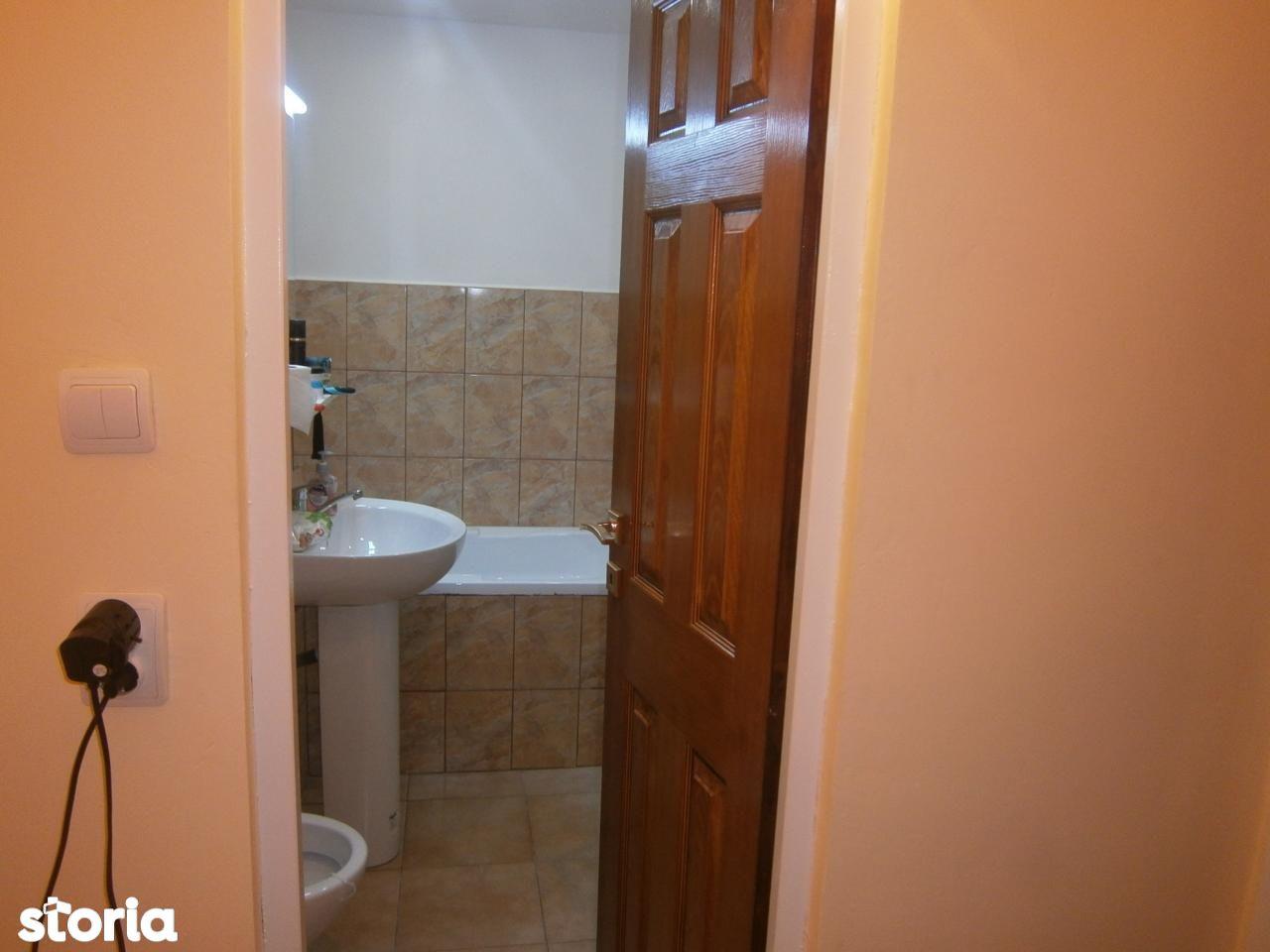 Apartament de vanzare, Hunedoara (judet), Petroşani - Foto 7