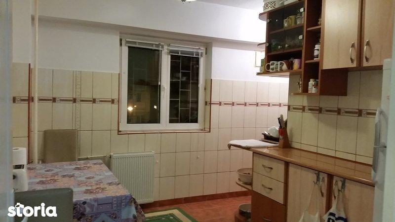 Apartament de vanzare, București (judet), Bulevardul Iuliu Maniu - Foto 1