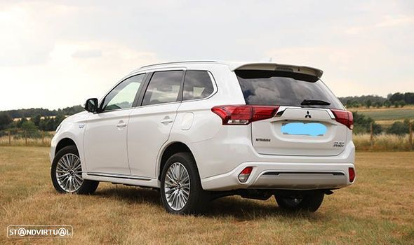 Mitsubishi Outlander PHEV 2.4 - iva dedutivel - 2