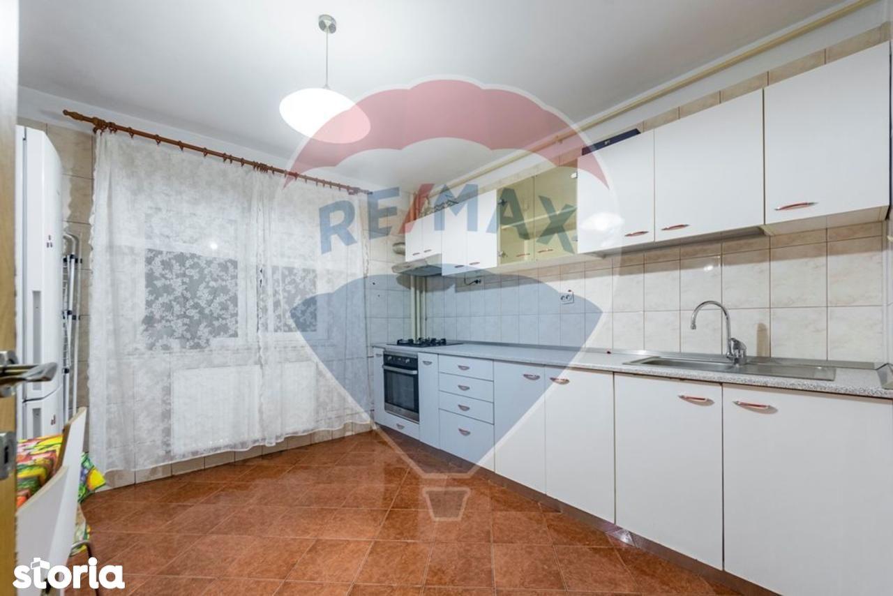 Apartament de inchiriat, București (judet), Strada Vlad Județul - Foto 11