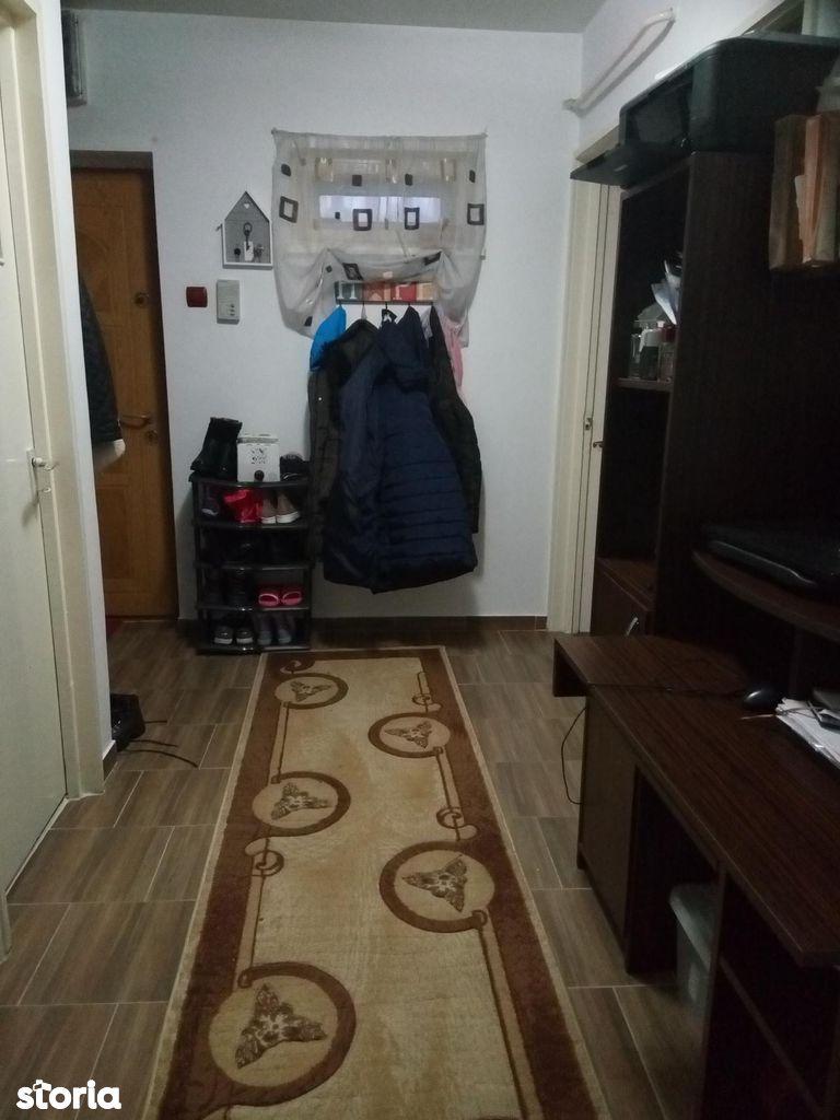 Apartament de vanzare, Botoșani (judet), Centru - Foto 2