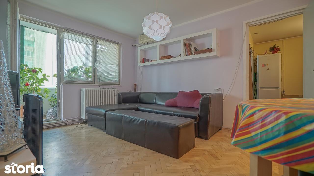Apartament de vanzare, Brașov (judet), Strada Saturn - Foto 1