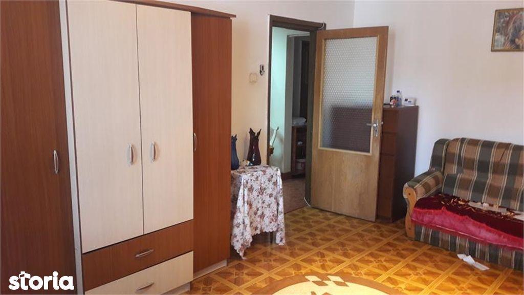 Apartament de vanzare, Argeș (judet), Strada Eremia Grigorescu - Foto 1