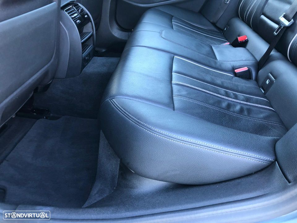 BMW 520 d Touring Pack M - 16
