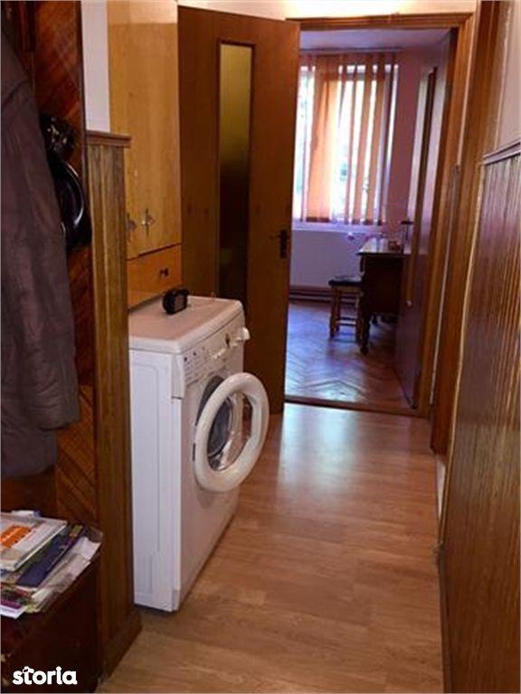 Apartament de vanzare, Argeș (judet), Strada Negru Vodă - Foto 1