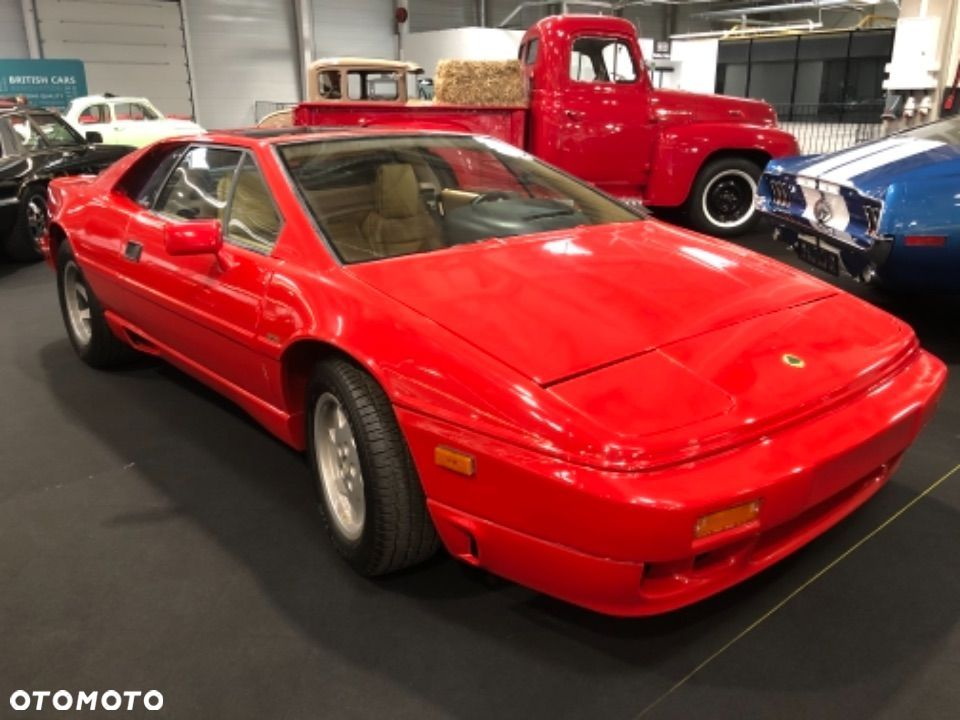 Lotus Esprit Turbo - 1