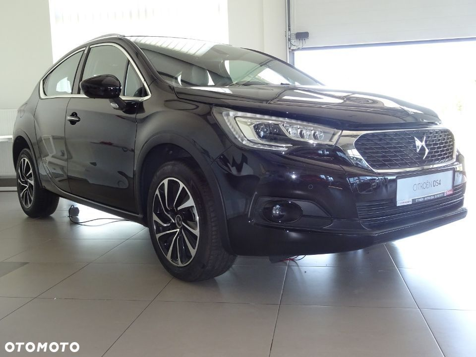 DS Automobiles DS 4 Crossback Auto Demo 1.6 Benzyna EAT6 AUTOMAT - 30
