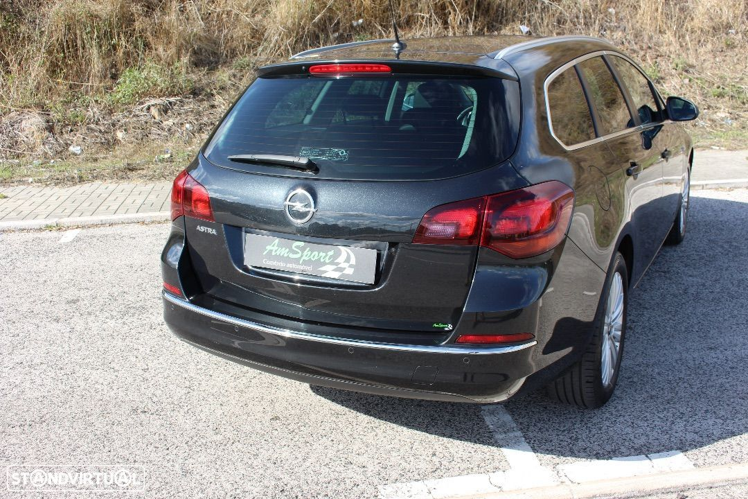 Opel Astra Sports Tourer 1.7 cdi Cosmo S  S - 27