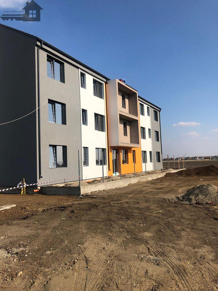 Apartament de vanzare, Hunedoara (judet), Dumbrăviţa - Foto 3