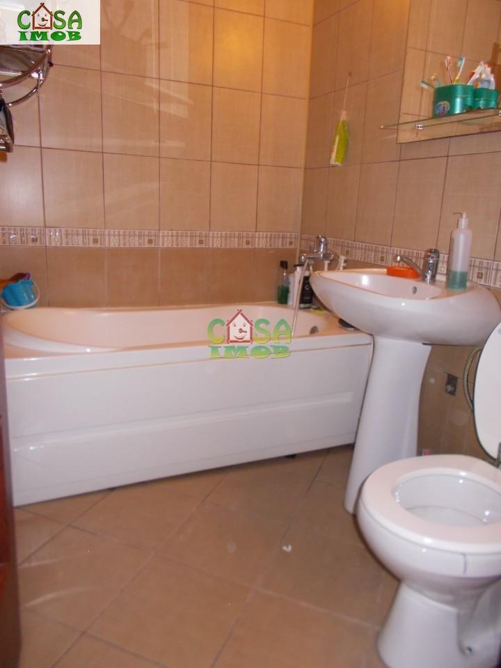 Apartament de vanzare, Dâmbovița (judet), Micro 9 - Foto 5