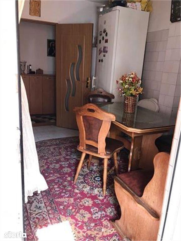 Apartament de vanzare, Argeș (judet), Bulevardul Petrochimiștilor - Foto 5