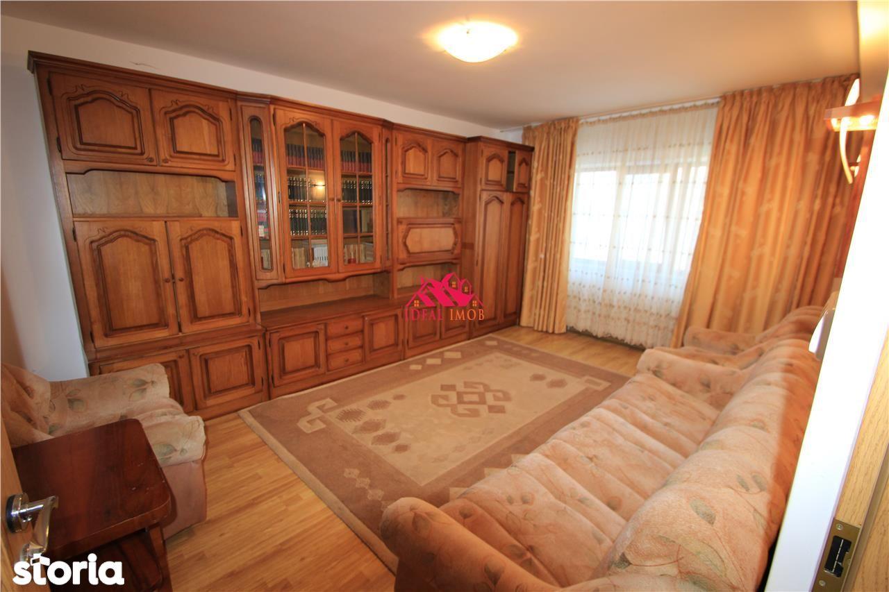 Apartament de vanzare, Bacău (judet), Bulevardul Alexandru cel Bun - Foto 3