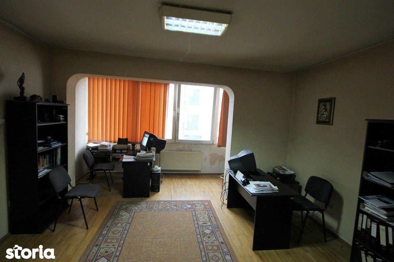 Birou de vanzare, Timiș (judet), Strada Cozia - Foto 11