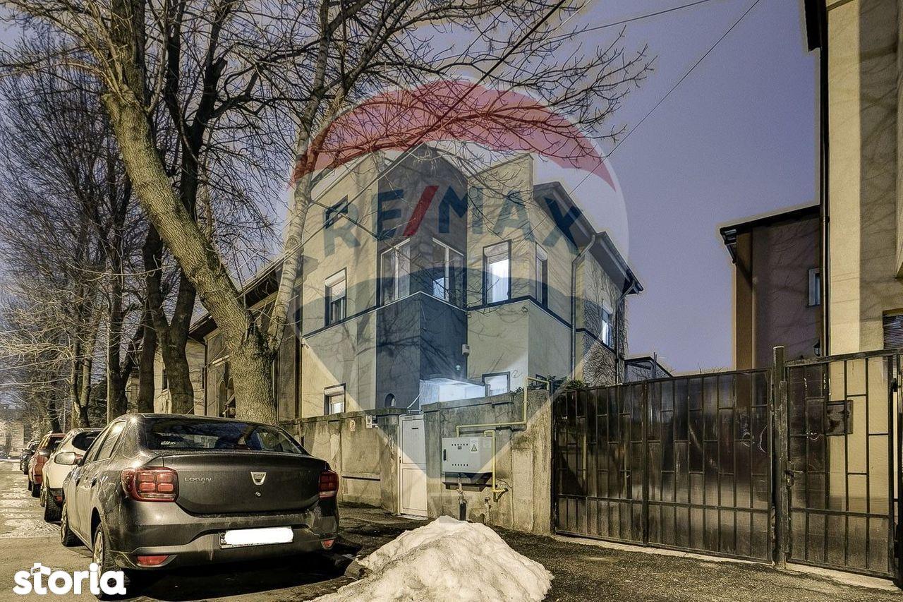 Casa de vanzare, București (judet), Strada Arhiereu Calist - Foto 1